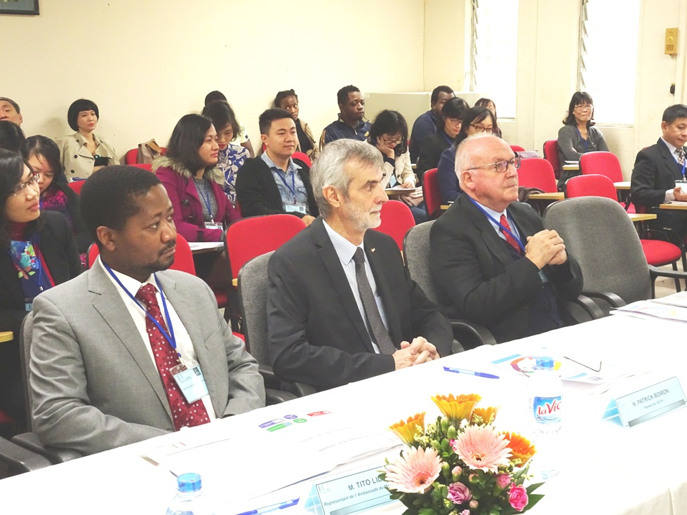 Các đại biểu nước ngoài tham dự