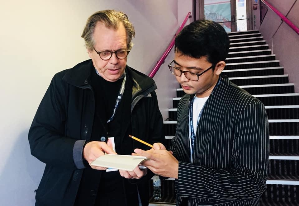 Đạo diễn Võ Huy Thăng cùng nhà làm phim người Pháp Yves Gellie tại la Cité internationale de la bande dessinée et de l'image.
