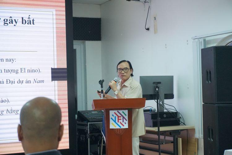 GS. Nguyễn Bá Diến - Chủ tịch hội đồng quản lý Viện nghiên cứu Khoa học Biển và Hải đảo với tham luận 'Sông Mekong: Thách thức và giải pháp'.